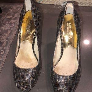 MK black n gold  heels